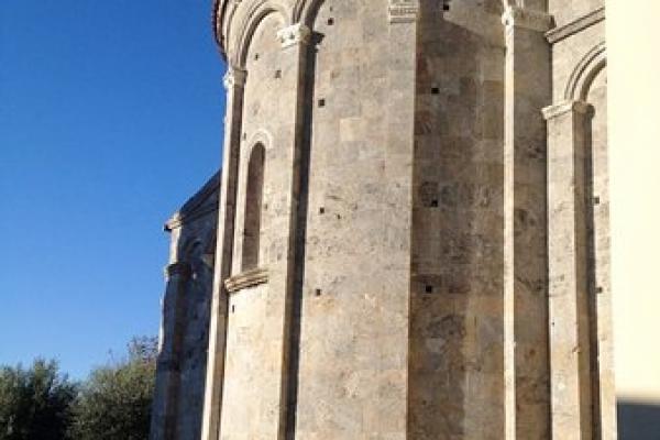 abside-esternaEDF1B483-06FA-2557-038B-EBD5398E340A.jpg