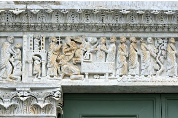 architrave-di-biduino-pieve-dei-santi-ippolito-e-cassiano-san-casciano-a-settimo-1F89EA66C-F1E4-529B-C158-1CFA8227E5CB.jpg
